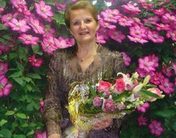 Лобанова Лариса Дмитриевна